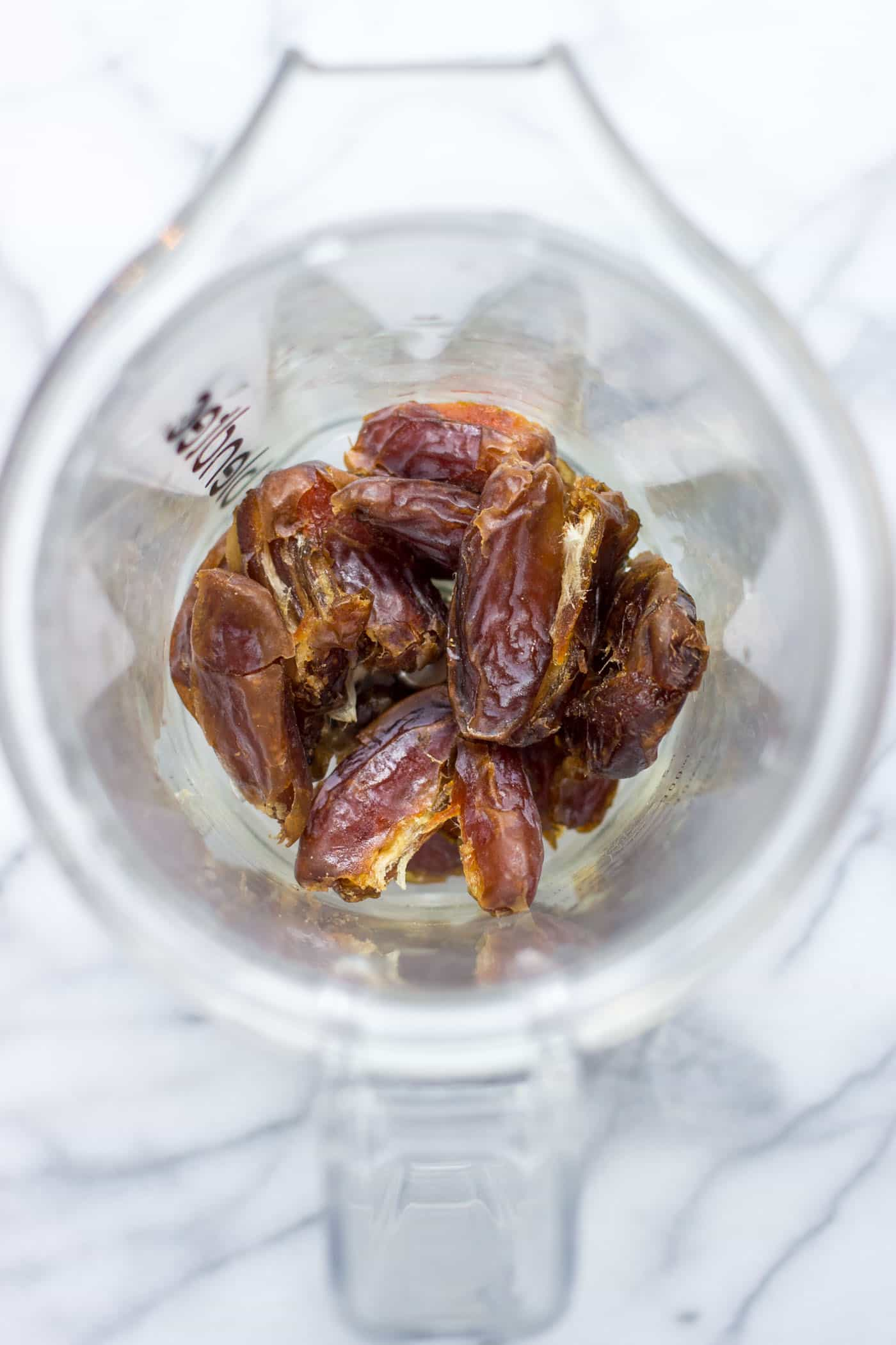 How to make date caramel -- with just two ingredients, in THE BLENDER!