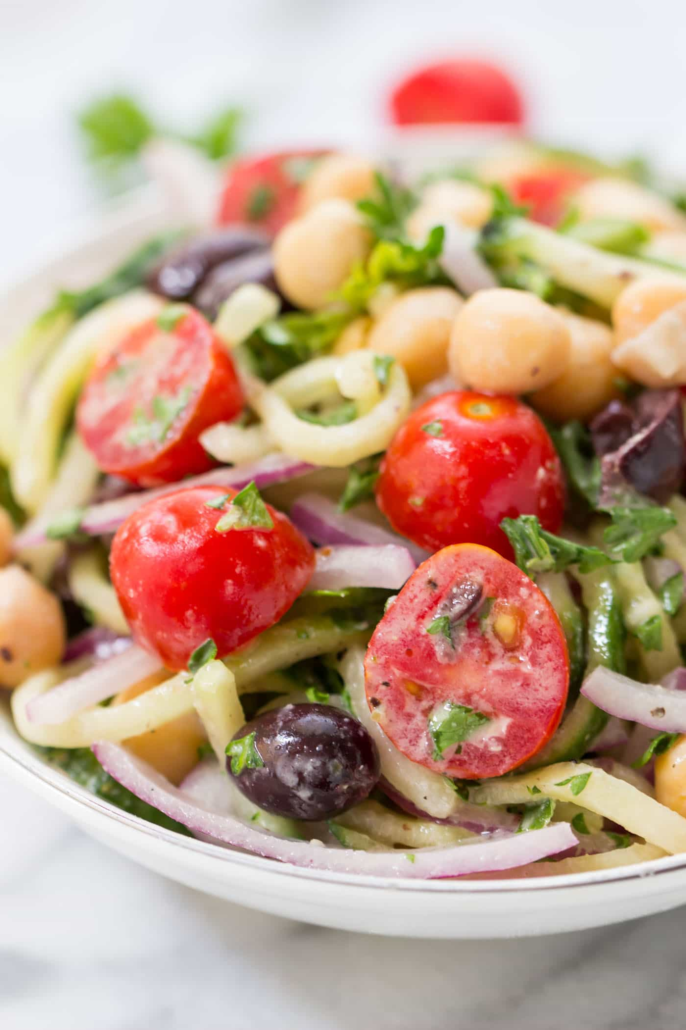 CUCUMBER NOODLE GREEK SALAD -- a refreshing twist on a traditional salad! [vegan + dairy-free]