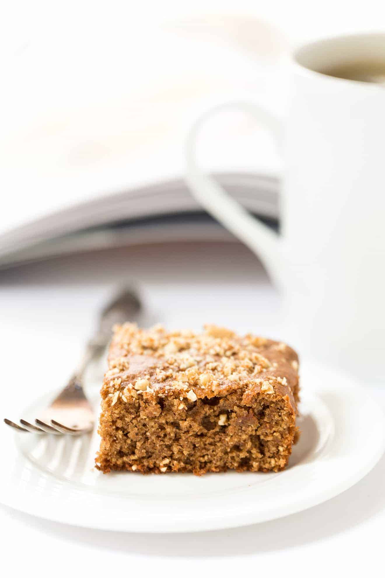 These FLOURLESS cashew butter bars are the perfect HEALTHY dessert!