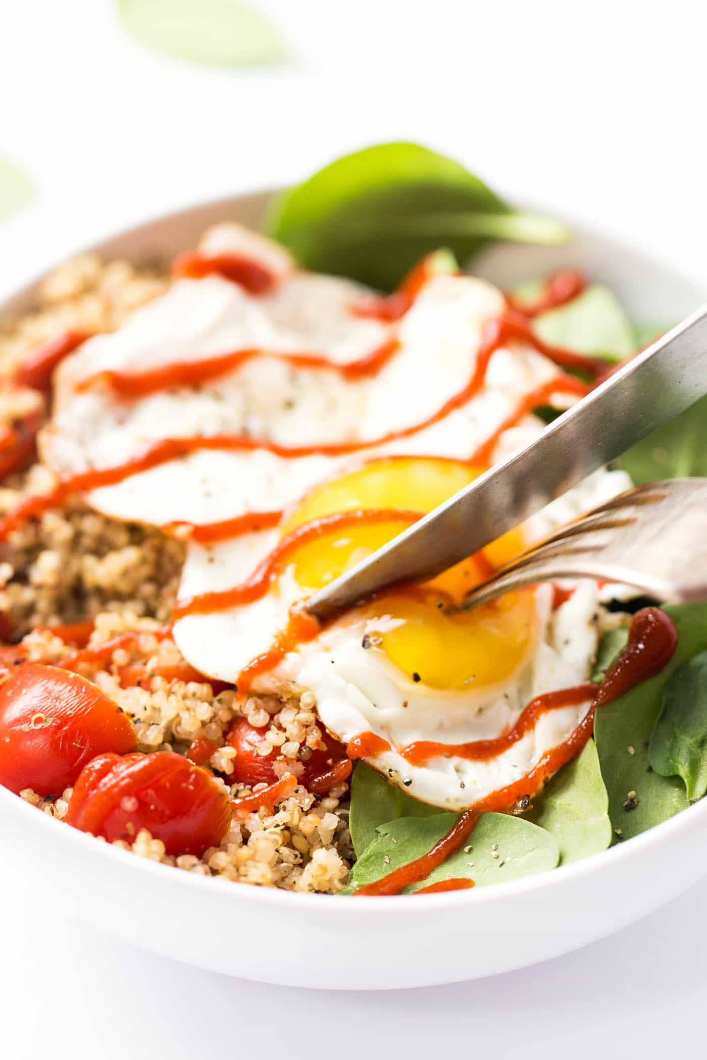 These SAVORY Quinoa Breakfast Bowls take just 5 minutes to make and are packed with healthy ingredients srcset=