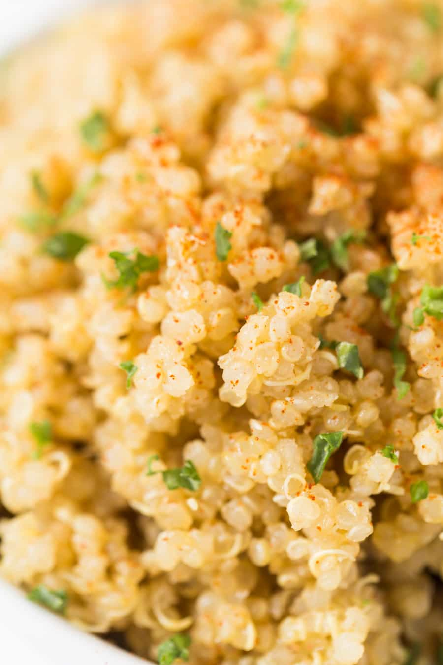 The FLUFFIEST Garlic Butter Quinoa made with just 5 simple ingredients!