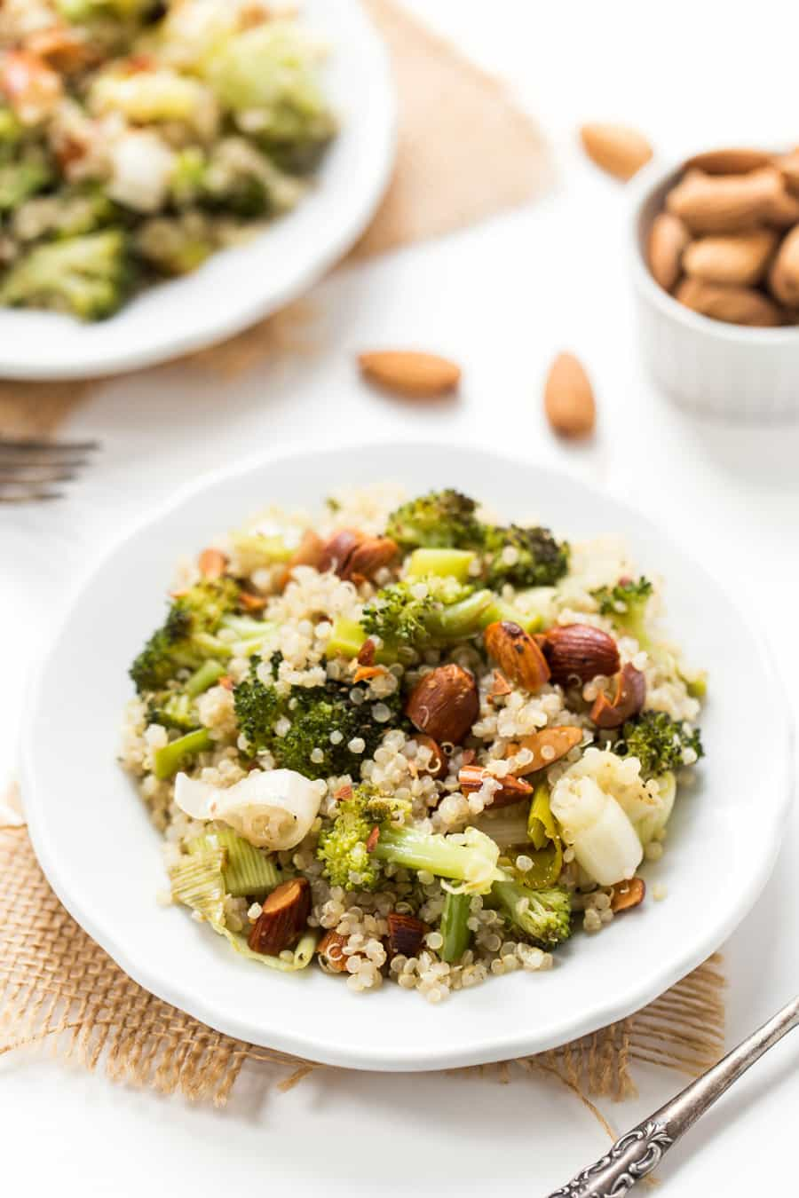 This Roasted Leek & Broccoli Quinoa Salad is the perfect summertime side dish! Grab what you need at the farmer's market and bring it to your next outdoor BBQ!