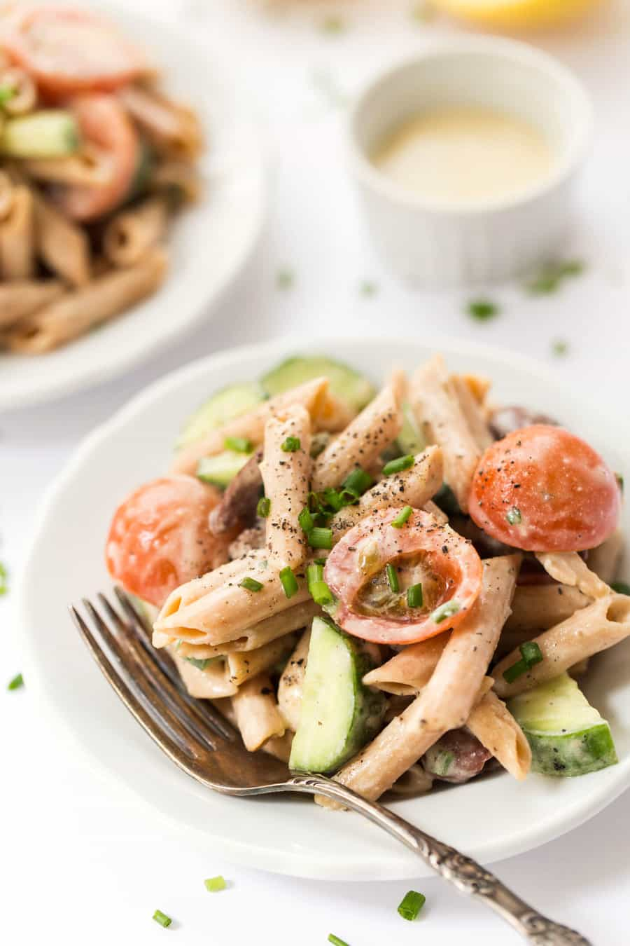 This CREAMY Mediterranean Pasta Salad is made with a delicious sauce ...