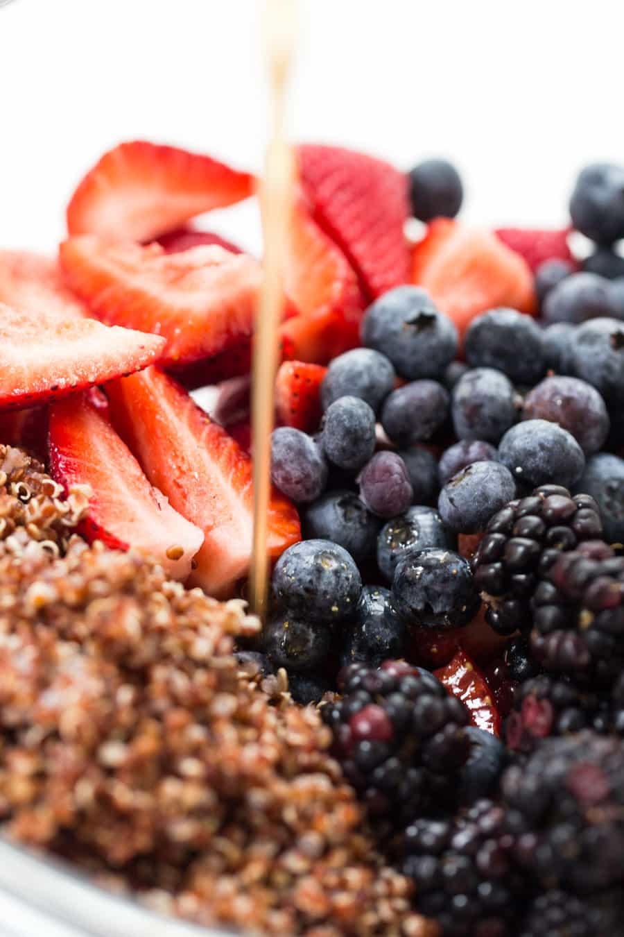 How to make the most DELICIOUS Triple Berry quinoa Salad with a maple-lime dressing!