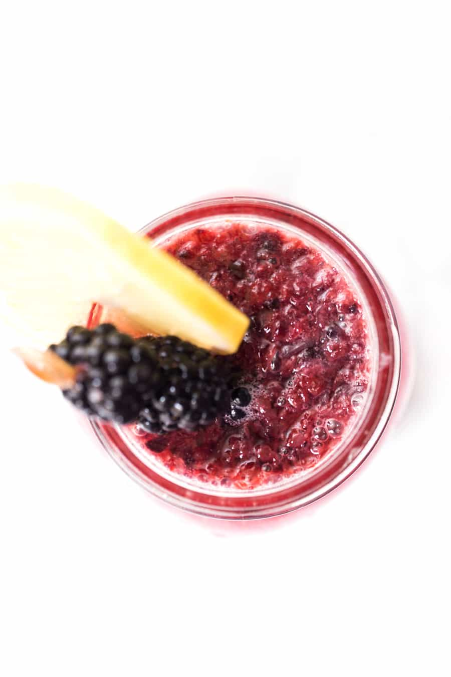 How to make SPARKLING BLACKBERRY LEMONADE with just 4 simple ingredients!
