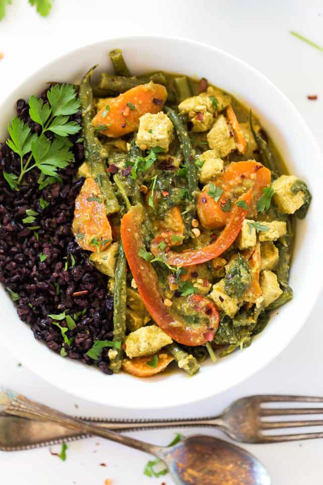 This EASY + VEGAN Green Curry Recipe is packed with flavor, is simple to make and tastes AMAZING!