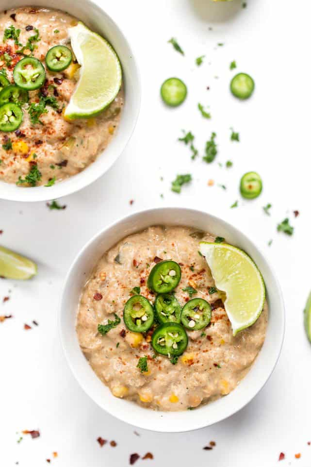 This HEALTHY + VEGAN White Quinoa Chili has white beans, peppers and a homemade cashew cream!
