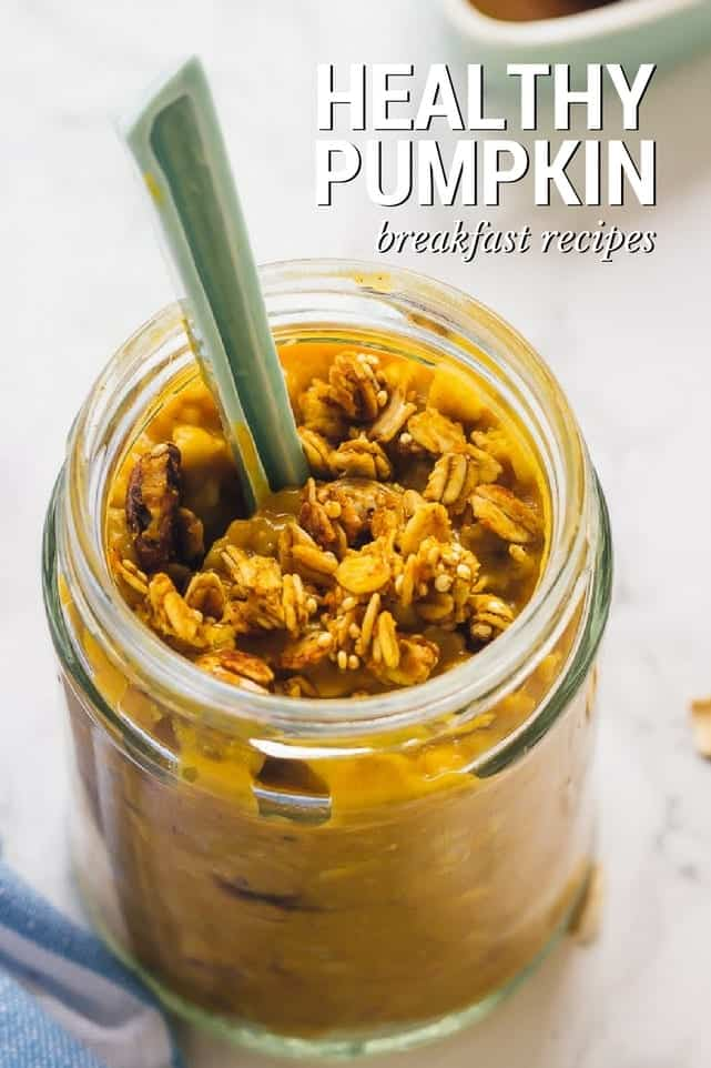 A collection of 15 super healthy pumpkin breakfast recipes! Everything from oatmeal bowls, fluffy pancakes, green smoothies and even healthy pumpkin bread!