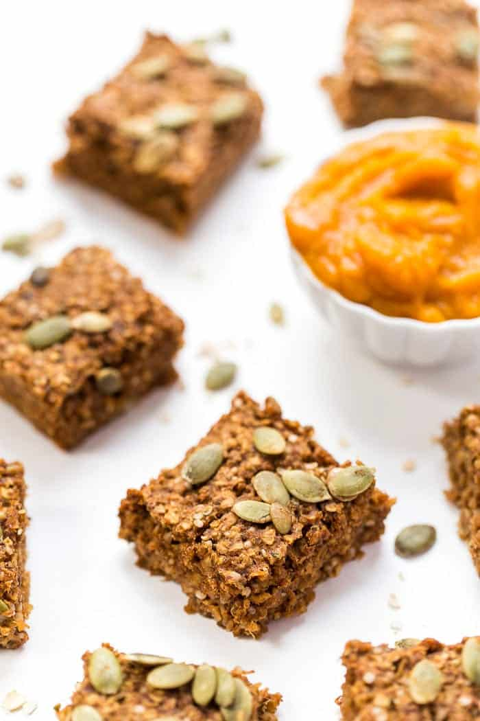 Pumpkin Quinoa Breakfast Bars -- high in protein, naturally sweetened and gluten-free!