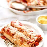 VEGAN MANICOTTI with a creamy tofu ricotta filling! And easy weeknight meal or a special plant-based addition to your holiday table!