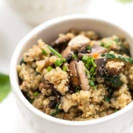 """Creamy Spinach + Mushroom Quinoa """"Risotto"""""""