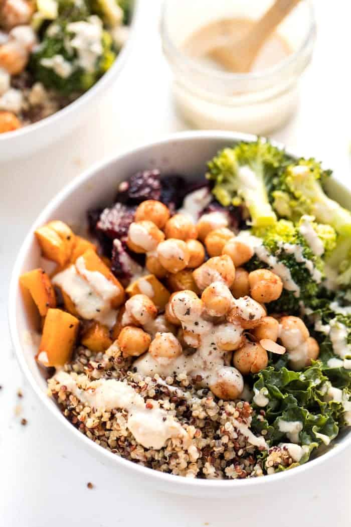 quinoa buddha bowl recipe with roasted vegetables and chickpeas