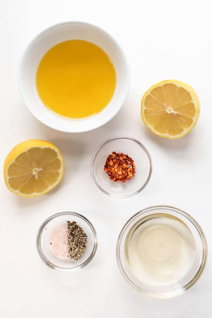 how to make a spicy olive oil dressing with just 5 ingredients