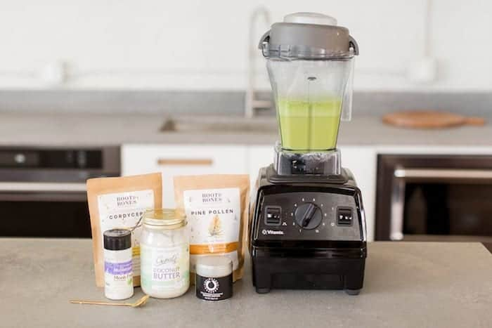 how to make a matcha latte with a blender