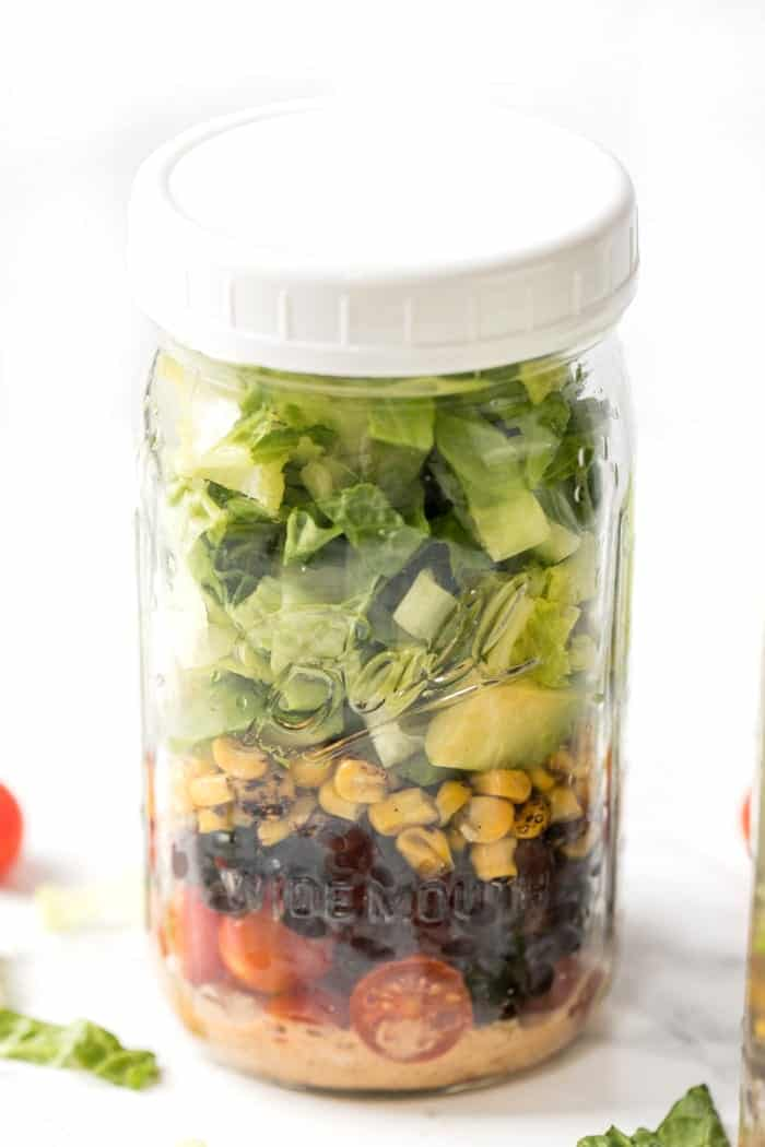 healthy & vegetarian taco mason jar salad