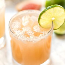 Healthy Grapefruit Margaritas