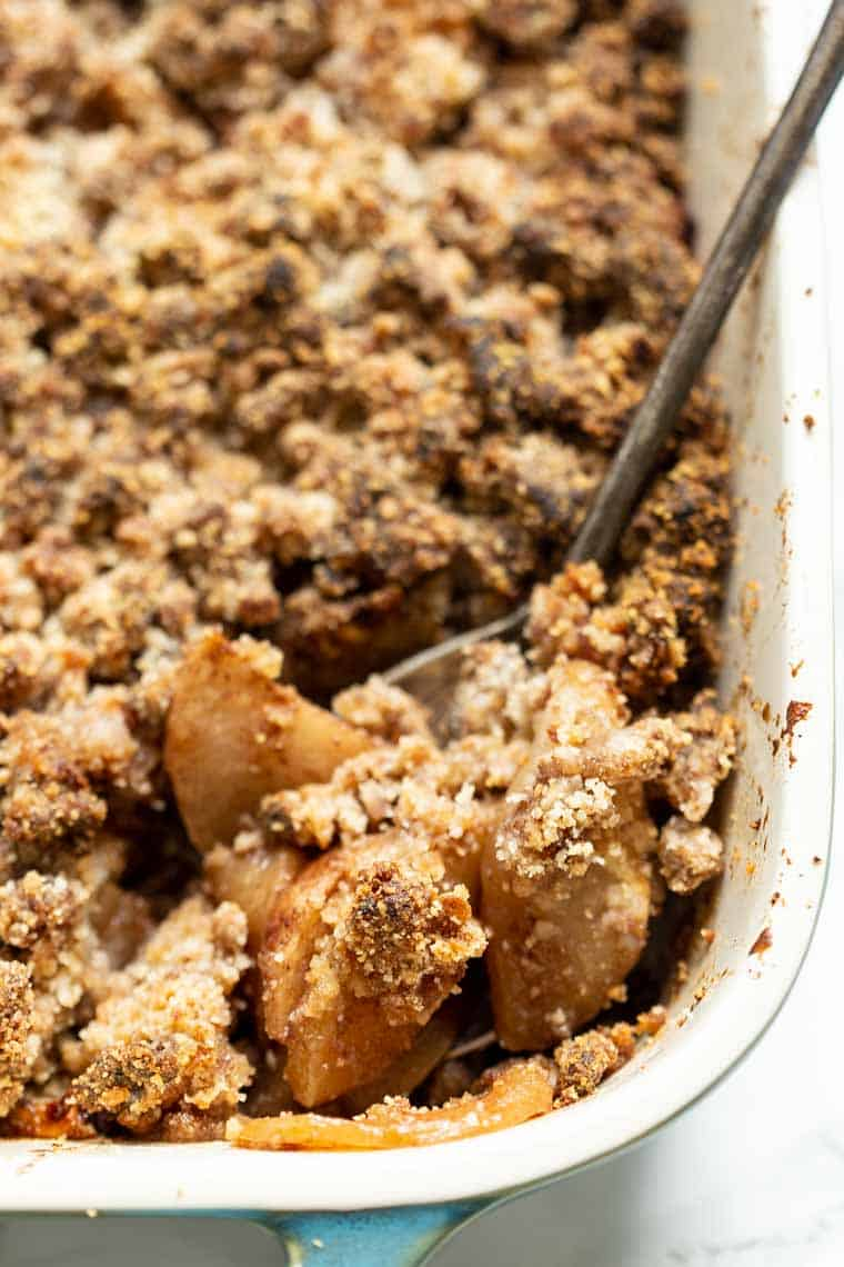 Healthy Apple Crisp with Almond Flour