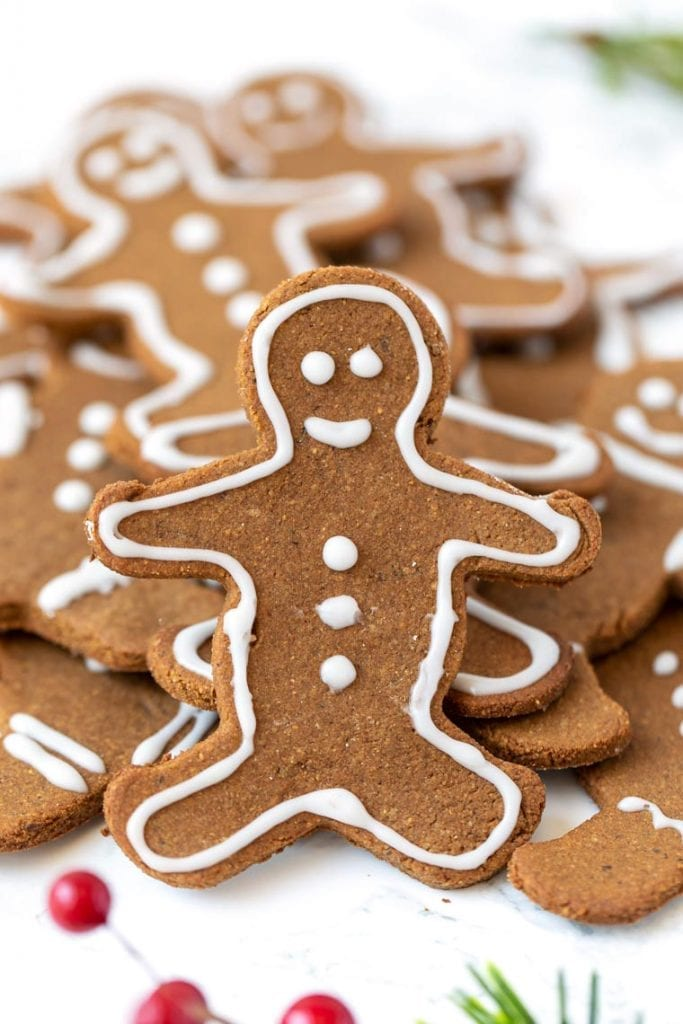 Vegan and Gluten-Free Gingerbread Cookies Recipe