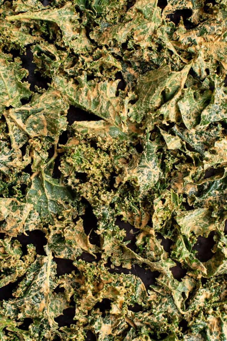 How to Cheesy Kale Chips