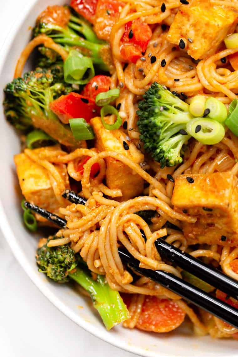 Vegan Red Curry With Ramen Noodles