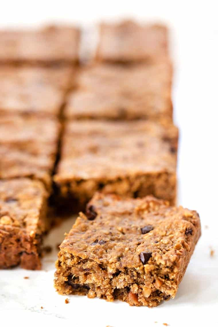 Chewy Peanut Butter Oatmeal Bars