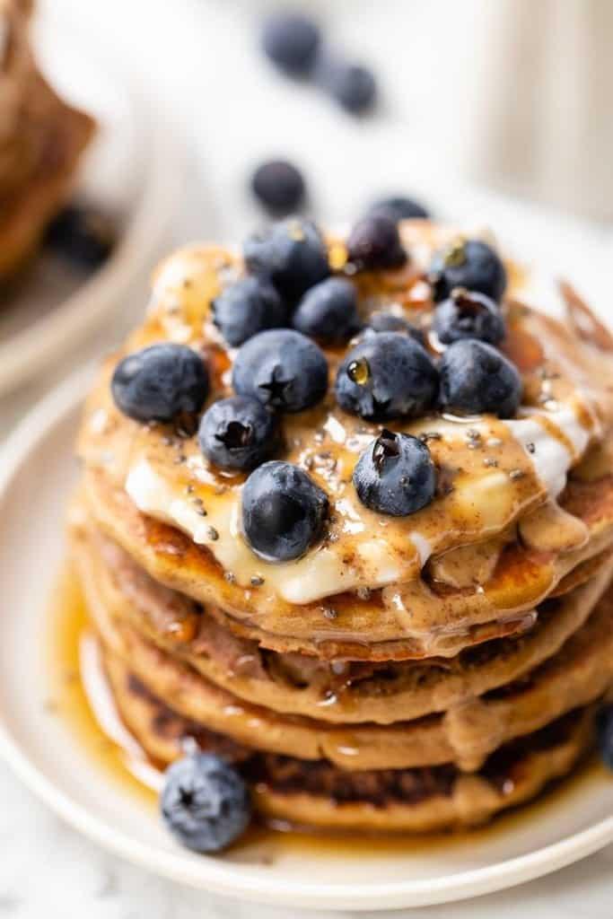 Easy Quinoa Flour Pancakes