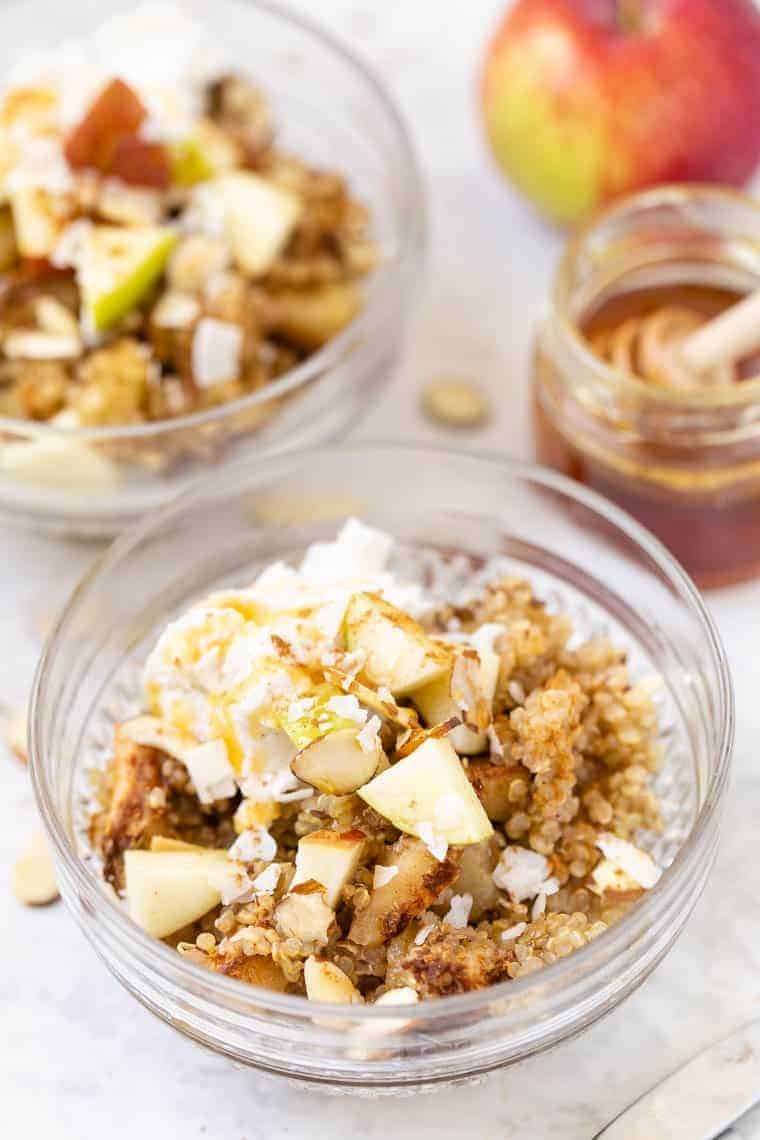 Quinoa Breakfast Bake with Apples and Cinnamon