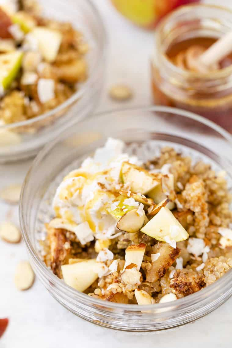 Quinoa Breakfast Bake with Apples
