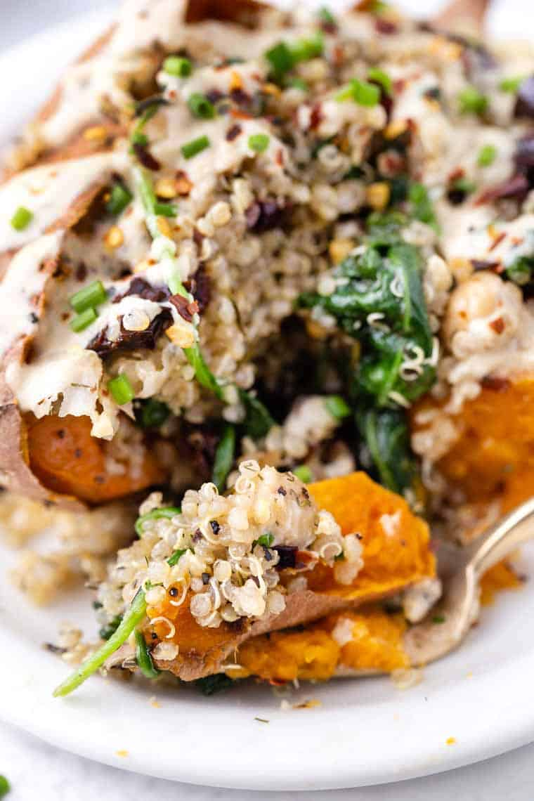 Healthy Stuffed Sweet Potatoes Quinoa