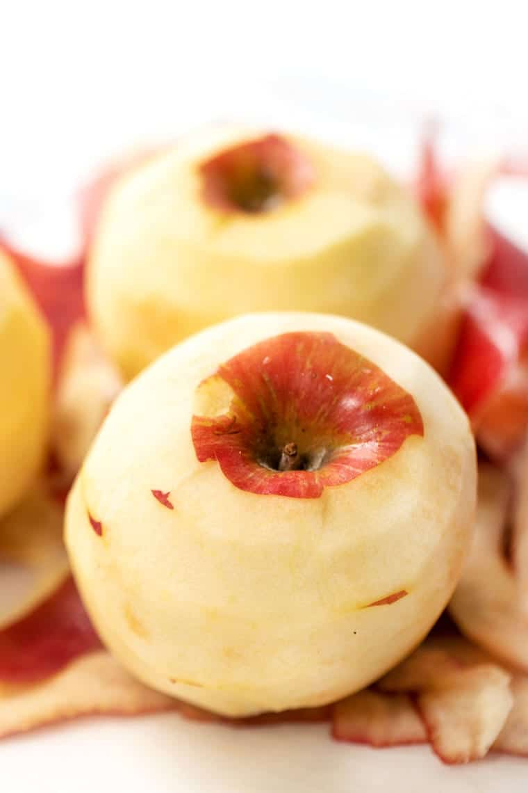 Peeled Apples for Applesauce