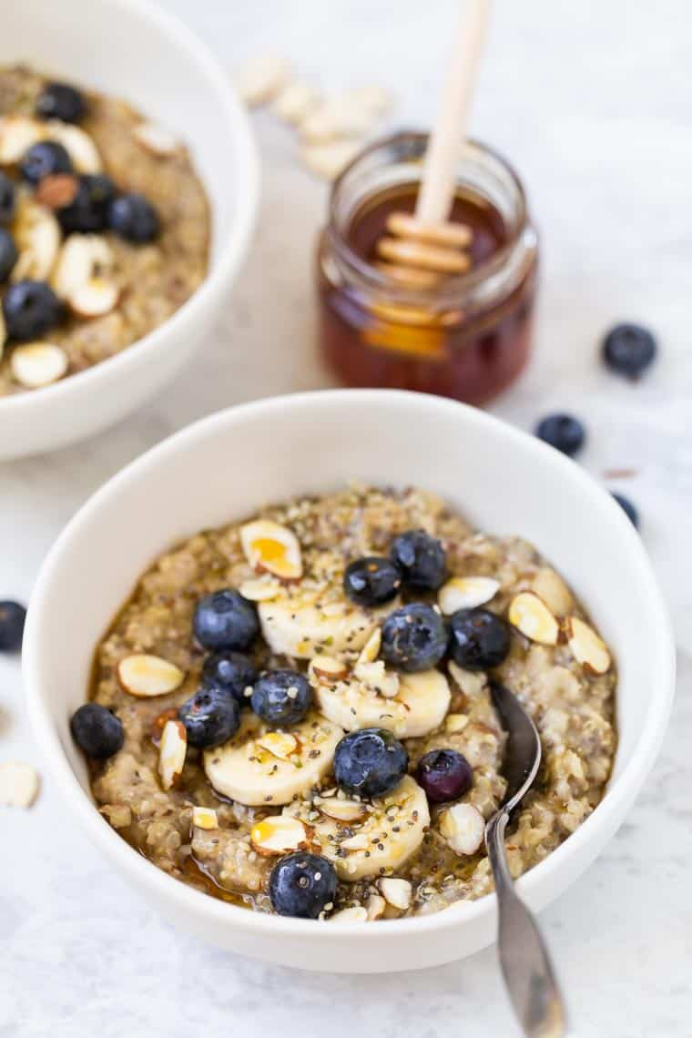 Quinoa Porridge with Berries
