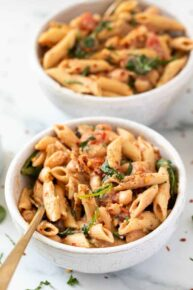 Rustic Tuscan Pasta Recipe with Spinach