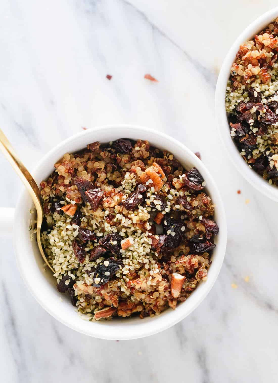 Who know quinoa for breakfast could be so good? cookieandkate.com