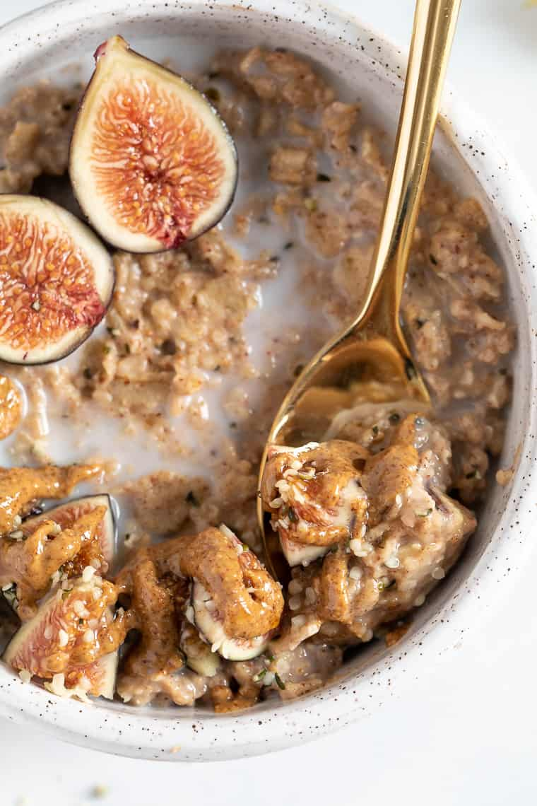 Vegan Oatmeal with Almond Butter