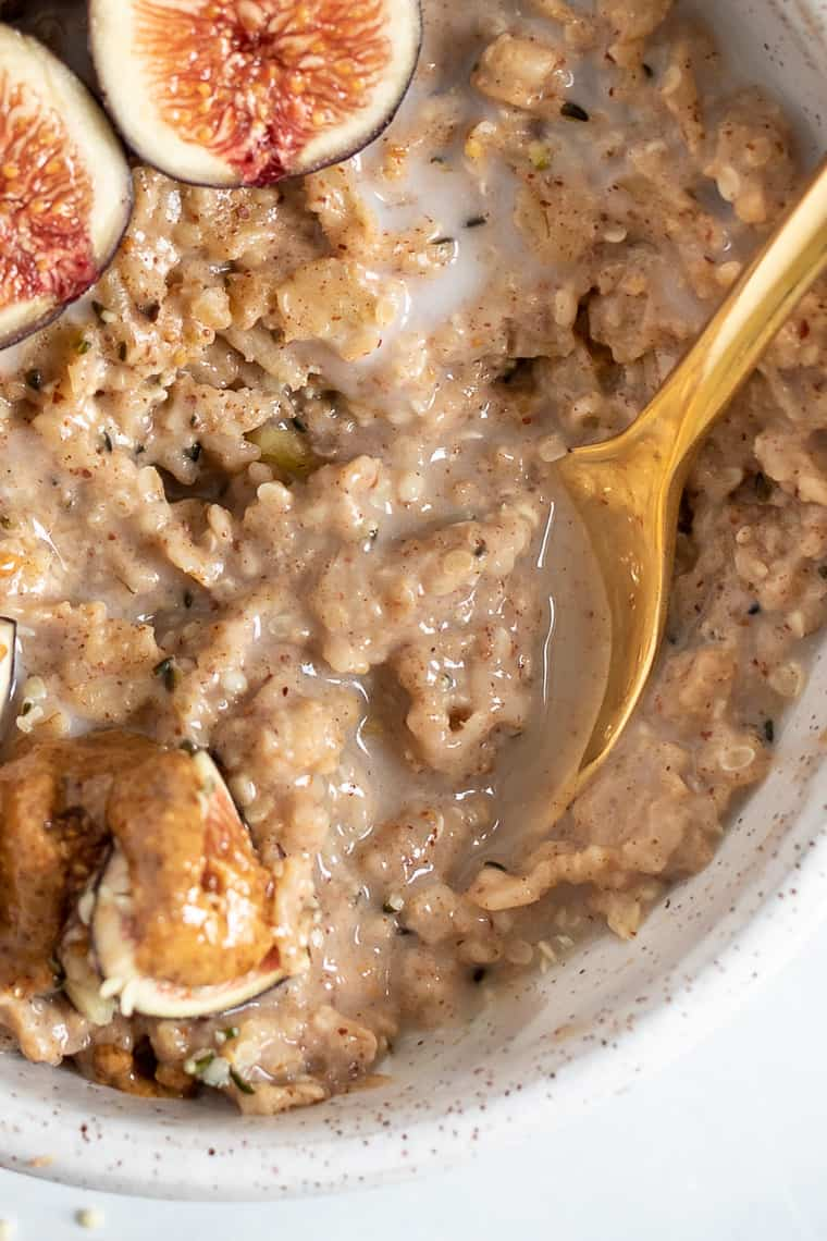 Fig & Almond Butter Oatmeal Recipe
