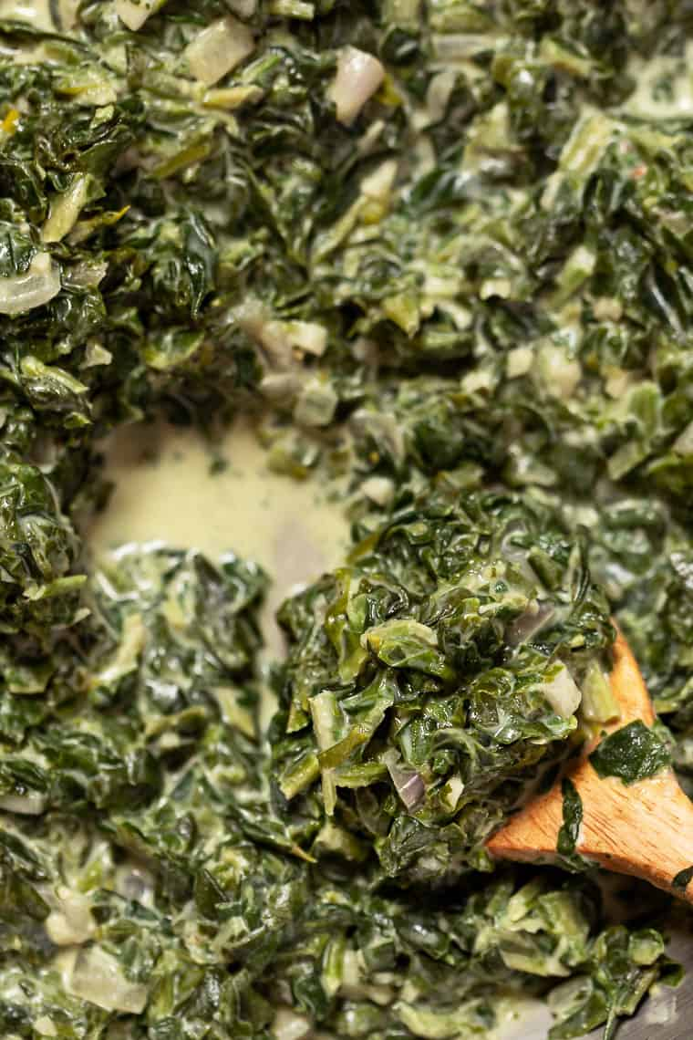 How to Make Healthy Creamed Spinach
