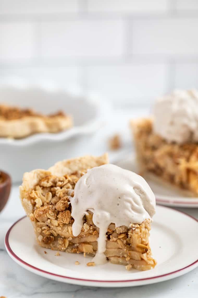 Gluten-Free Vegan Apple Crumb Pie