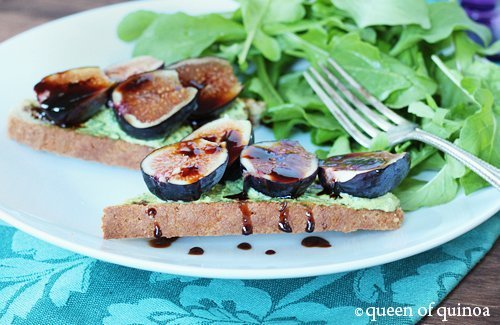 Fig & Goat cheese Crostini | Gluten-Free | Queen of Quinoa