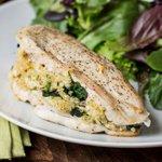 Quinoa and Goat Cheese Stuffed Chicken via @alyssarimmer (recipe on www.queenofquinoa.me)