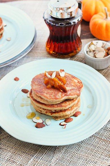 Grain Free Vanilla Chai Pancakes | Paleo | Queen of Quinoa