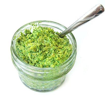 Lemon Dill Pesto | Gluten-free & Vegan | Queen of Quinoa