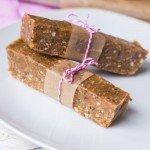 No-Bake Peanut Butter Power Bars - Queen of Quinoa