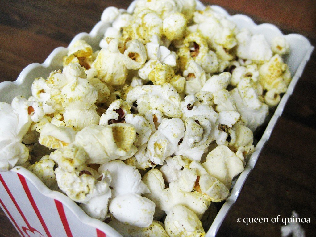 Salt & Pepper Popcorn {gluten-free & vegan} | Queen of Quinoa
