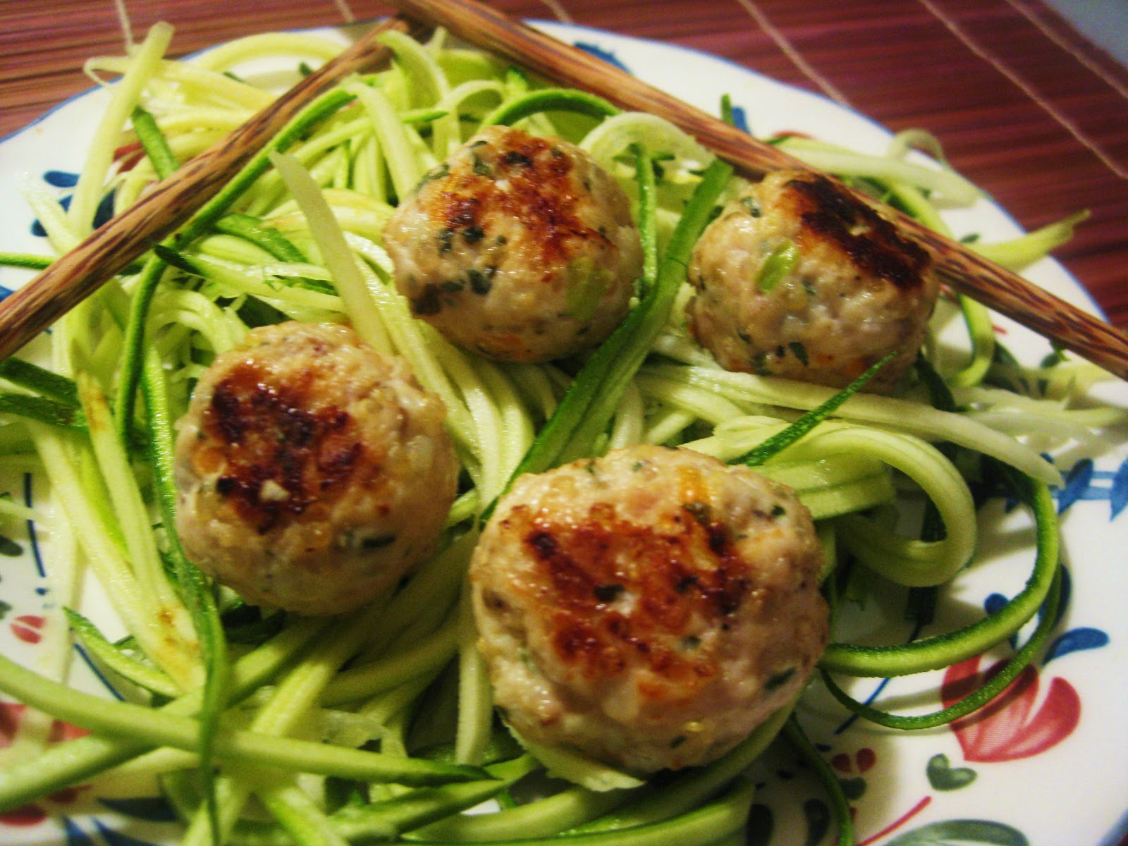 301 moved permanently for Zucchini noodles and meatballs recipe