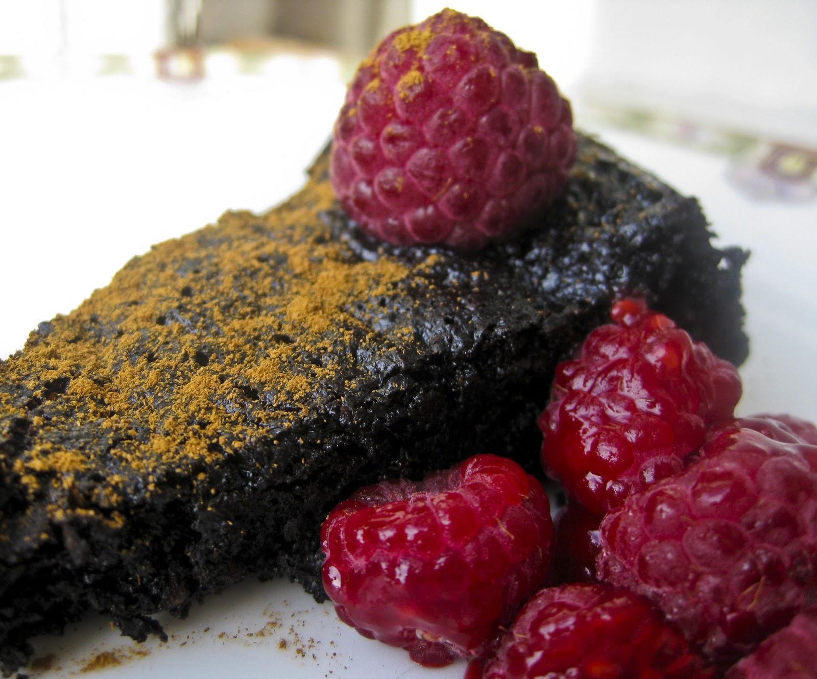 My first gluten-free cake! Flourless Dark Chocolate Cake