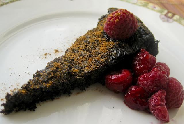 Alyssa's Flourless Dark Chocolate Cake